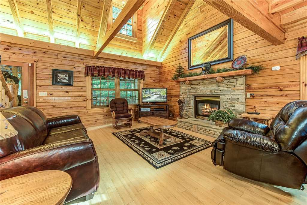 Photo of a Sevierville Cabin named Return To Me - This is the third photo in the set.