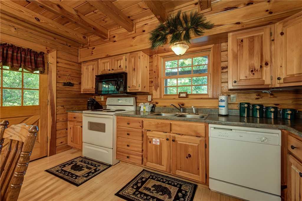 Photo of a Sevierville Cabin named Return To Me - This is the seventh photo in the set.