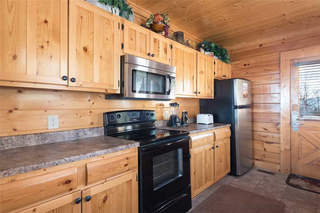 Photo of a Pigeon Forge Cabin named Bearly Believable - This is the sixth photo in the set.