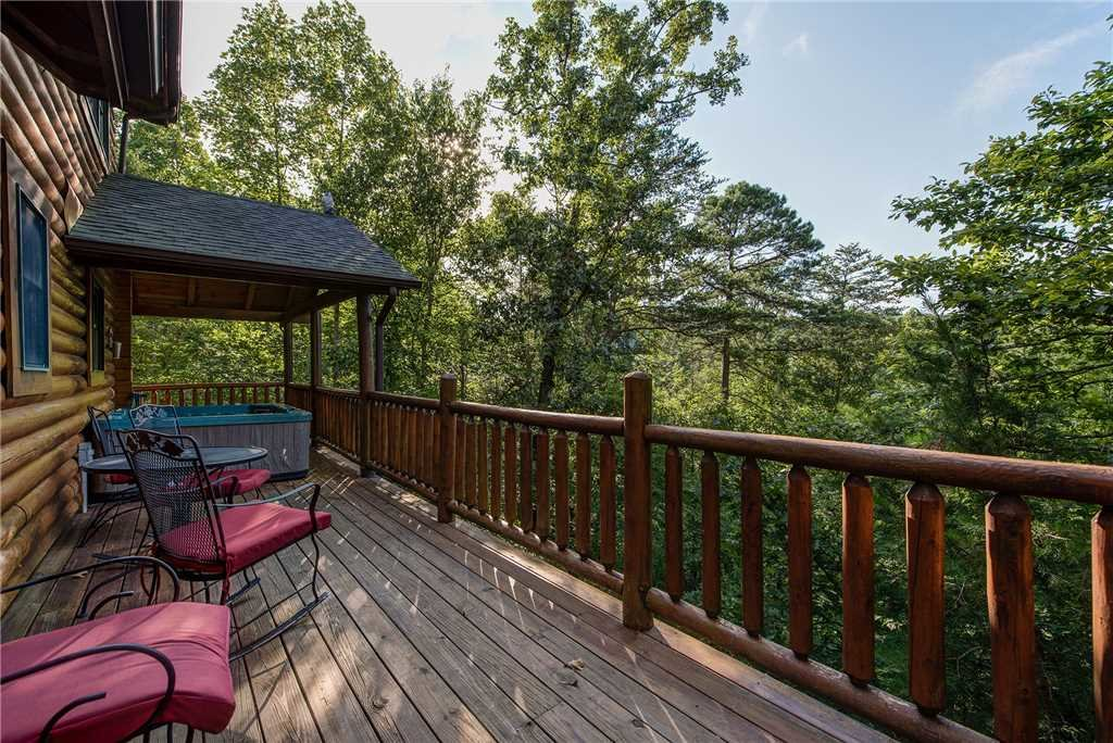 Photo of a Sevierville Cabin named Return To Me - This is the nineteenth photo in the set.