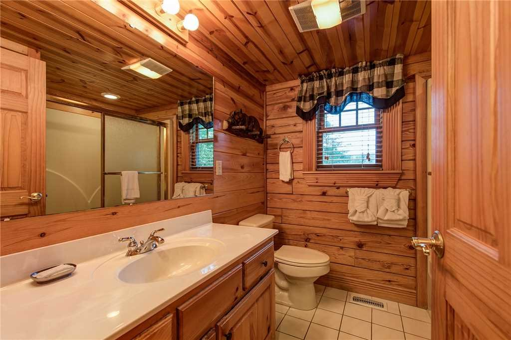 Photo of a Sevierville Cabin named Return To Me - This is the fifteenth photo in the set.