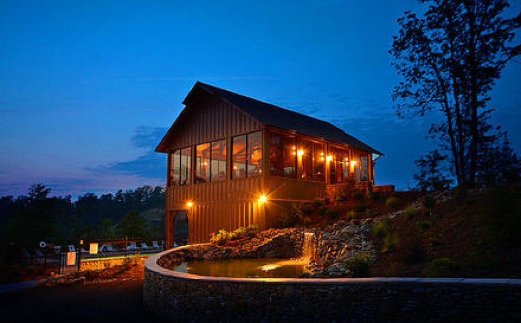 Photo of a Pigeon Forge Cabin named Bearly Believable - This is the twenty-eighth photo in the set.
