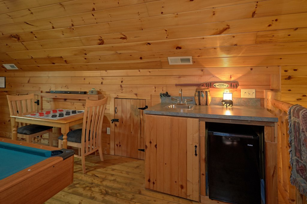 Photo of a Pigeon Forge Cabin named Wet Bear Paws #146 - This is the twenty-first photo in the set.