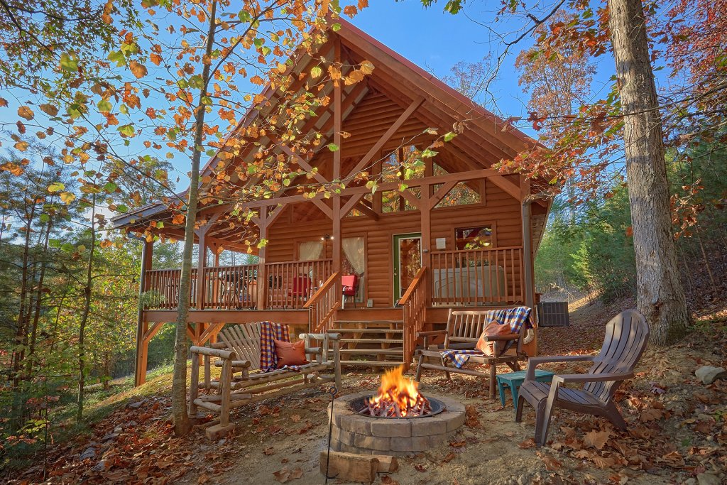 Photo of a Pigeon Forge Cabin named Wet Bear Paws #146 - This is the first photo in the set.