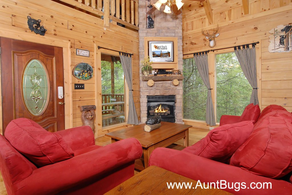 Photo of a Gatlinburg Cabin named Beary Secluded #296 - This is the thirty-second photo in the set.