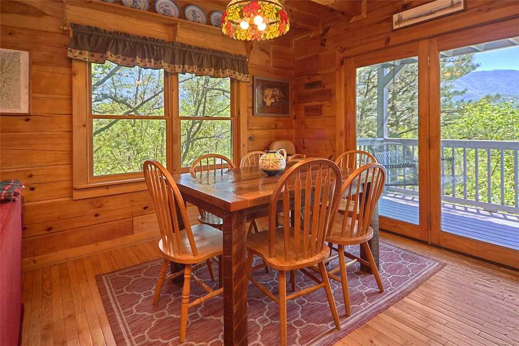 Photo of a Gatlinburg Cabin named Angels View - This is the fifth photo in the set.