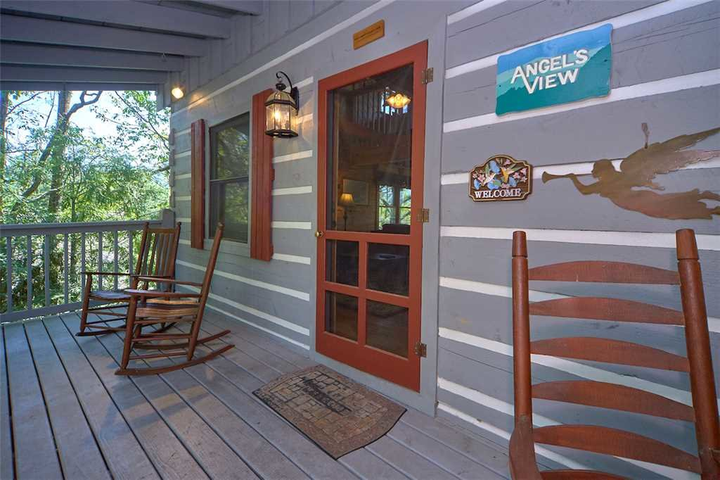 Photo of a Gatlinburg Cabin named Angels View - This is the twenty-second photo in the set.