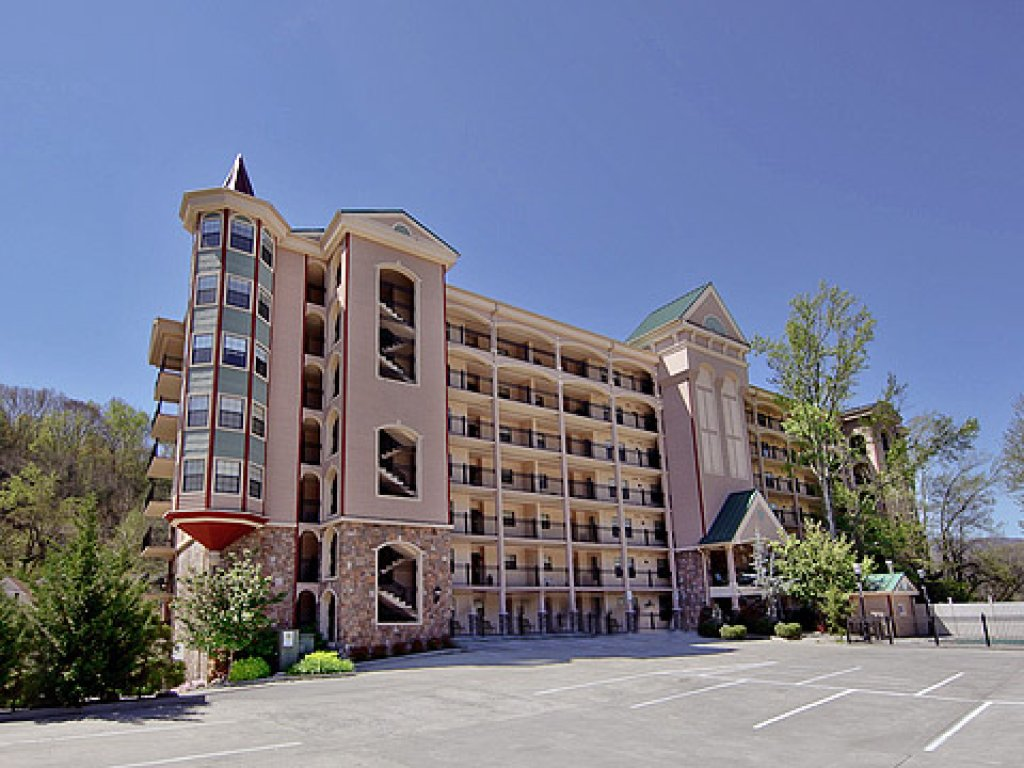 Photo of a Gatlinburg Condo named Riverside Escape - This is the thirty-eighth photo in the set.