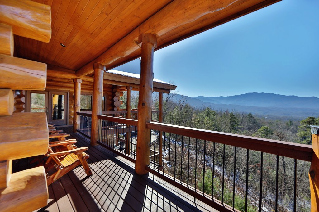 Photo of a Gatlinburg Cabin named The Lodge Of Gatlinburg - This is the eighth photo in the set.