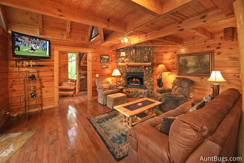 Photo of a Gatlinburg Cabin named Highlander #224 - This is the eighteenth photo in the set.