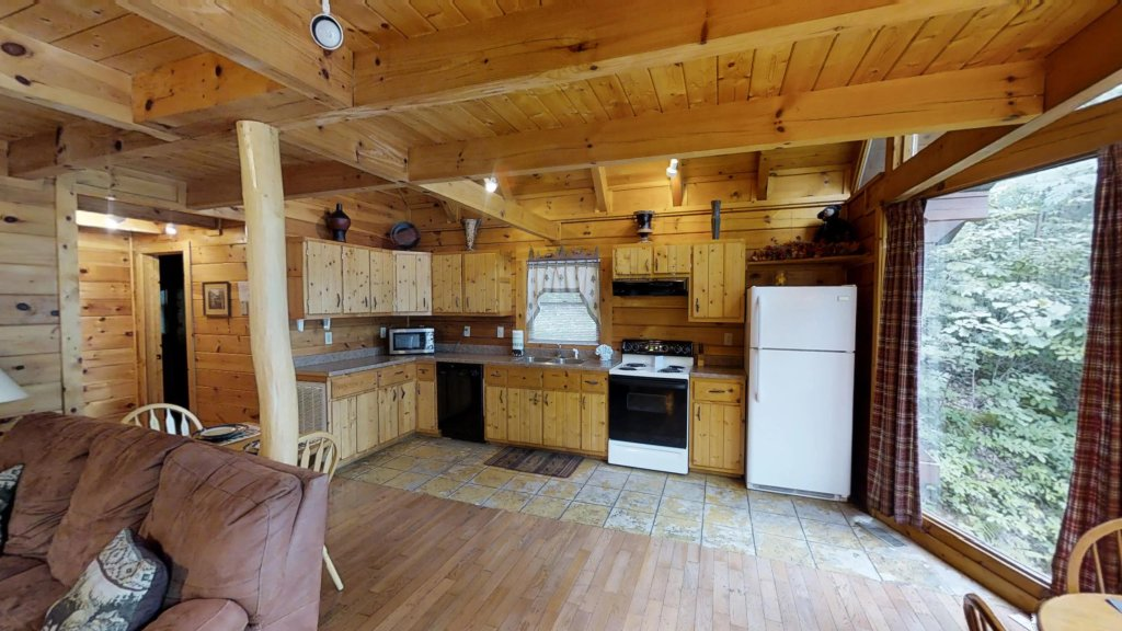 Photo of a Gatlinburg Cabin named Highlander #224 - This is the eighth photo in the set.