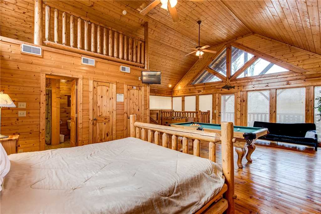 Photo of a Gatlinburg Cabin named Secret Romance - This is the fourteenth photo in the set.