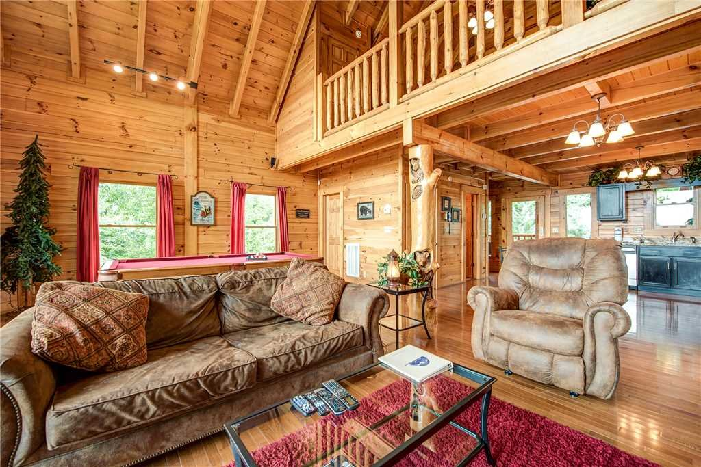 Photo of a Pigeon Forge Cabin named Secluded Romance - This is the fourth photo in the set.