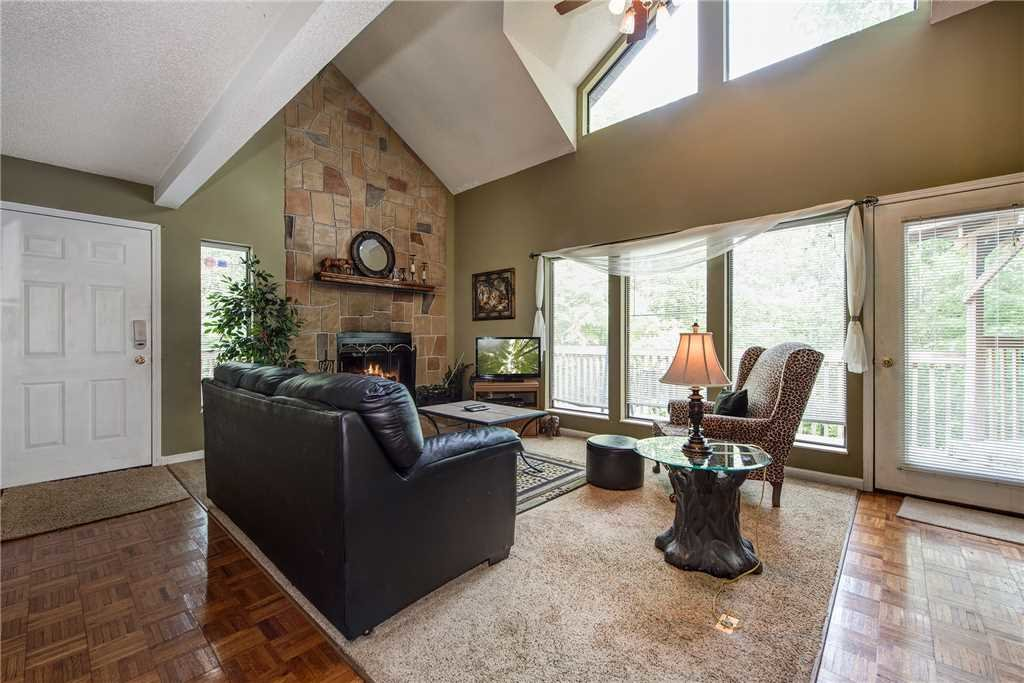 Photo of a Gatlinburg Cabin named Safari Romance - This is the third photo in the set.