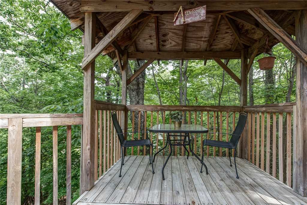Photo of a Gatlinburg Cabin named Safari Romance - This is the second photo in the set.