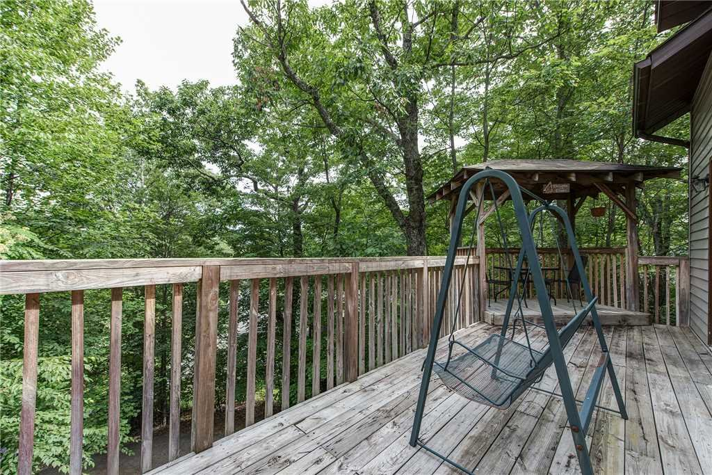 Photo of a Gatlinburg Cabin named Safari Romance - This is the sixteenth photo in the set.