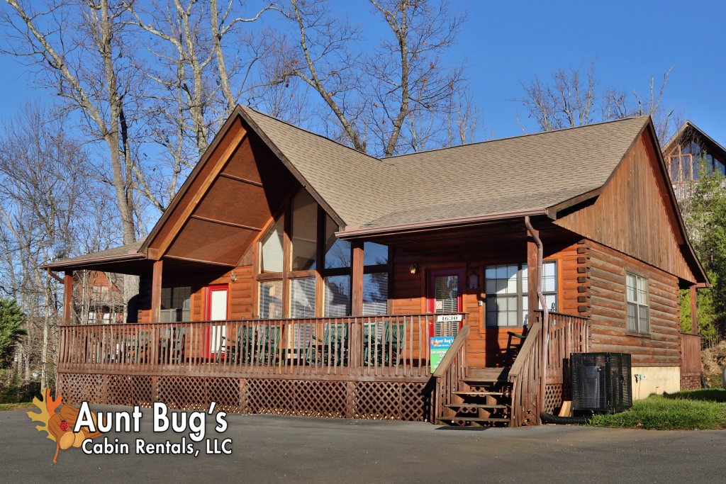 Photo of a Pigeon Forge Cabin named Sun-sational View #245 - This is the first photo in the set.