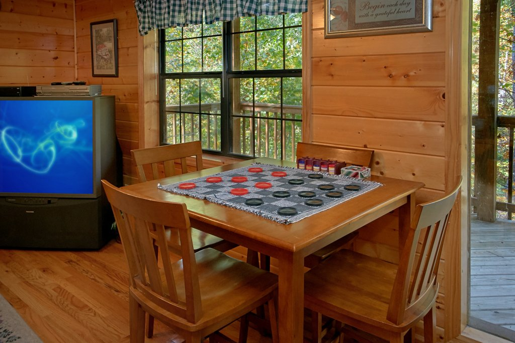 Photo of a Pigeon Forge Cabin named Sweet Mountain Laurel #403 - This is the eighth photo in the set.