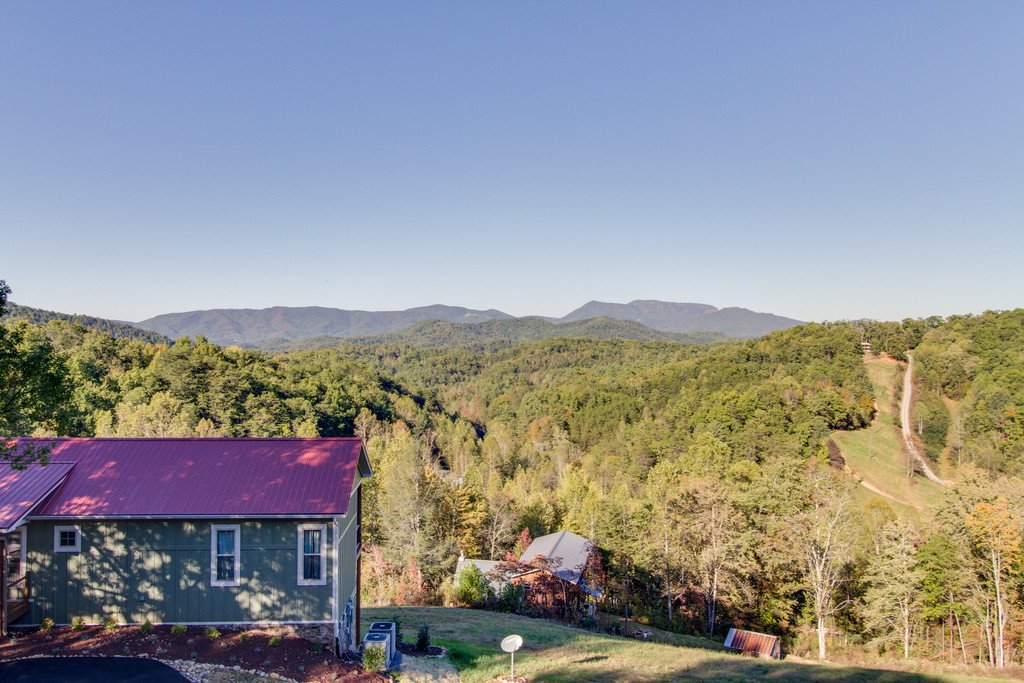Photo of a Gatlinburg Cabin named Angels Overlook - This is the fortieth photo in the set.