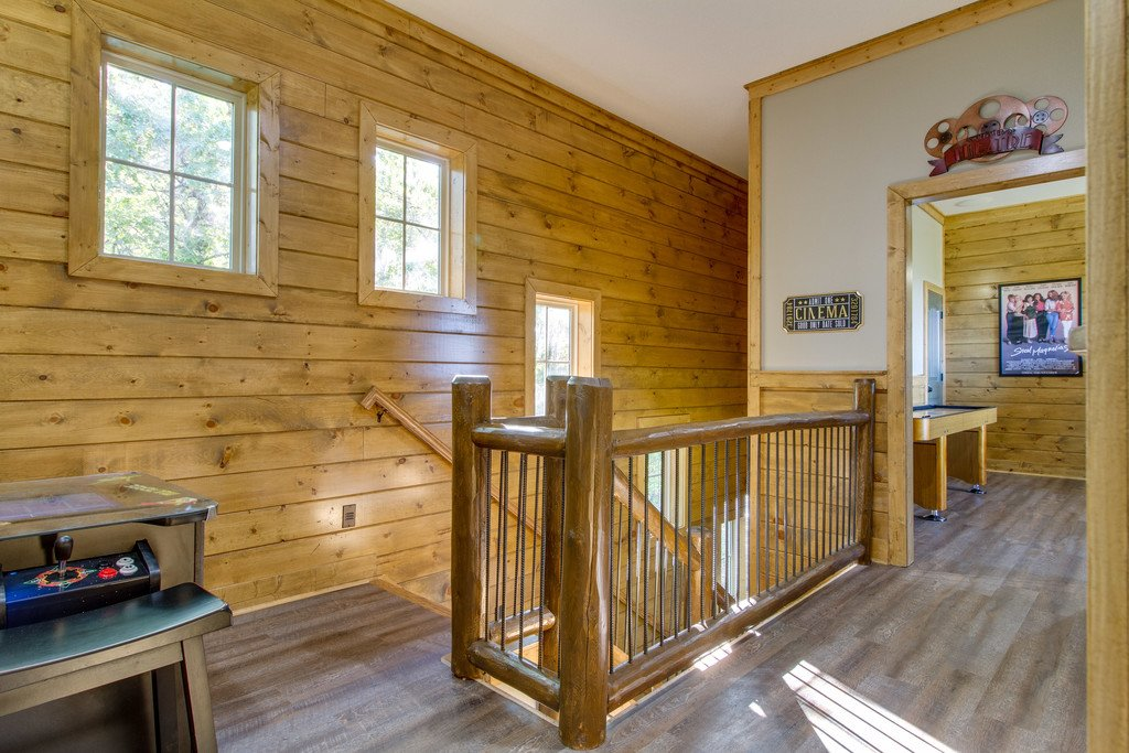 Photo of a Gatlinburg Cabin named Angels Overlook - This is the twenty-fifth photo in the set.