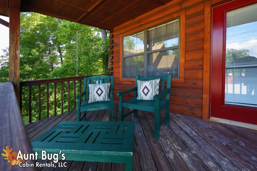 Photo of a Pigeon Forge Cabin named Sun-sational View #245 - This is the forty-second photo in the set.