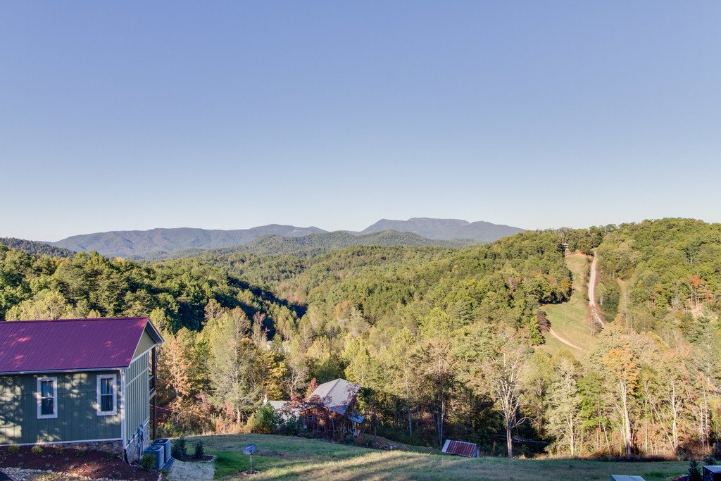 Photo of a Gatlinburg Cabin named Angels Overlook - This is the thirty-ninth photo in the set.