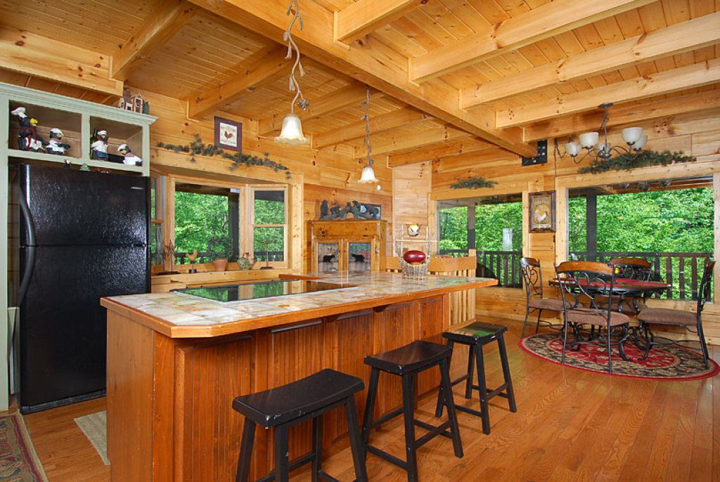 Photo of a Pigeon Forge Cabin named Cedar Forest - This is the fourteenth photo in the set.