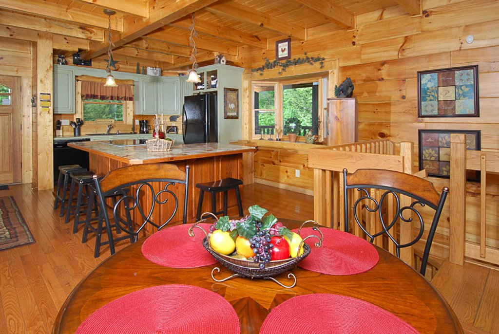 Photo of a Pigeon Forge Cabin named Cedar Forest - This is the fifteenth photo in the set.