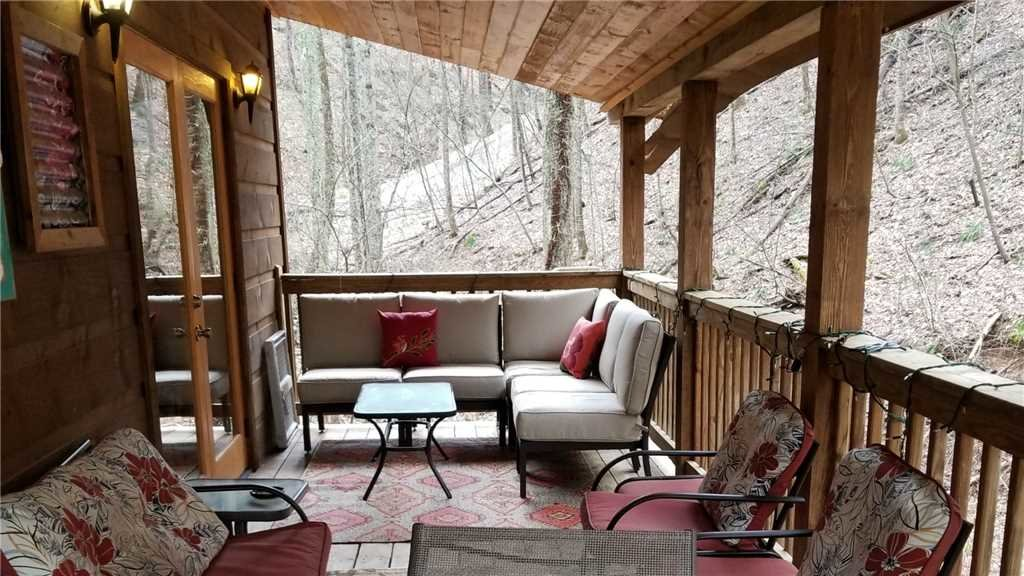 Photo of a Gatlinburg Cabin named All About Serenity - This is the twenty-sixth photo in the set.