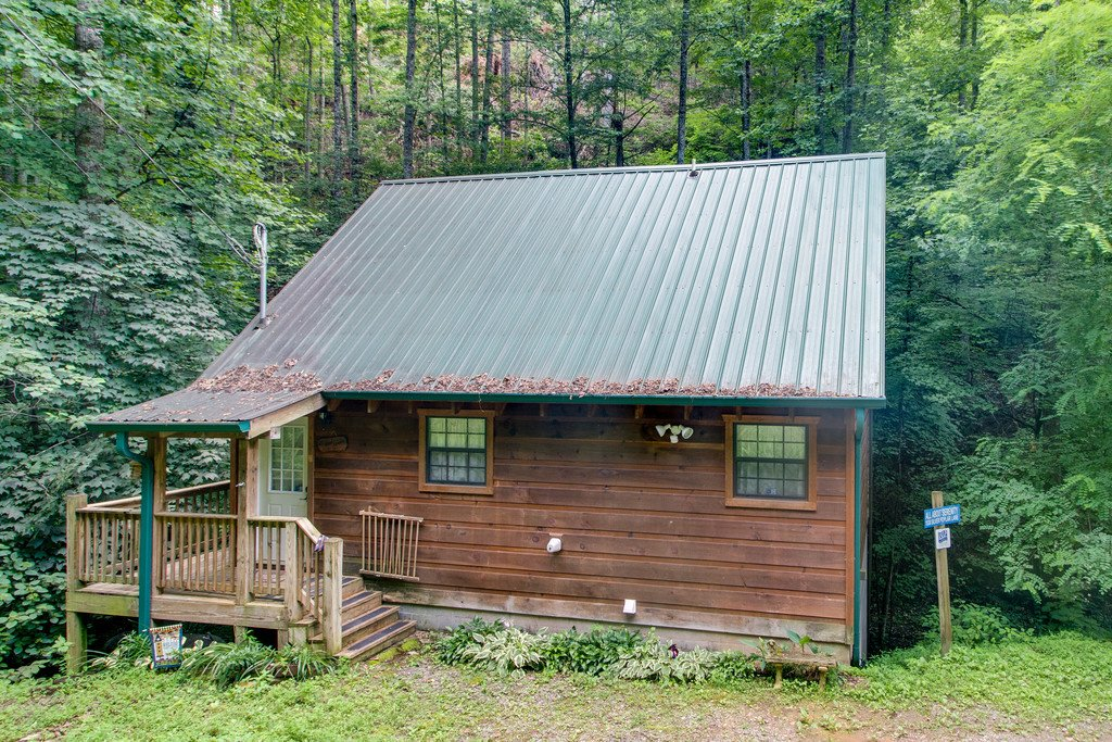 Photo of a Gatlinburg Cabin named All About Serenity - This is the thirtieth photo in the set.