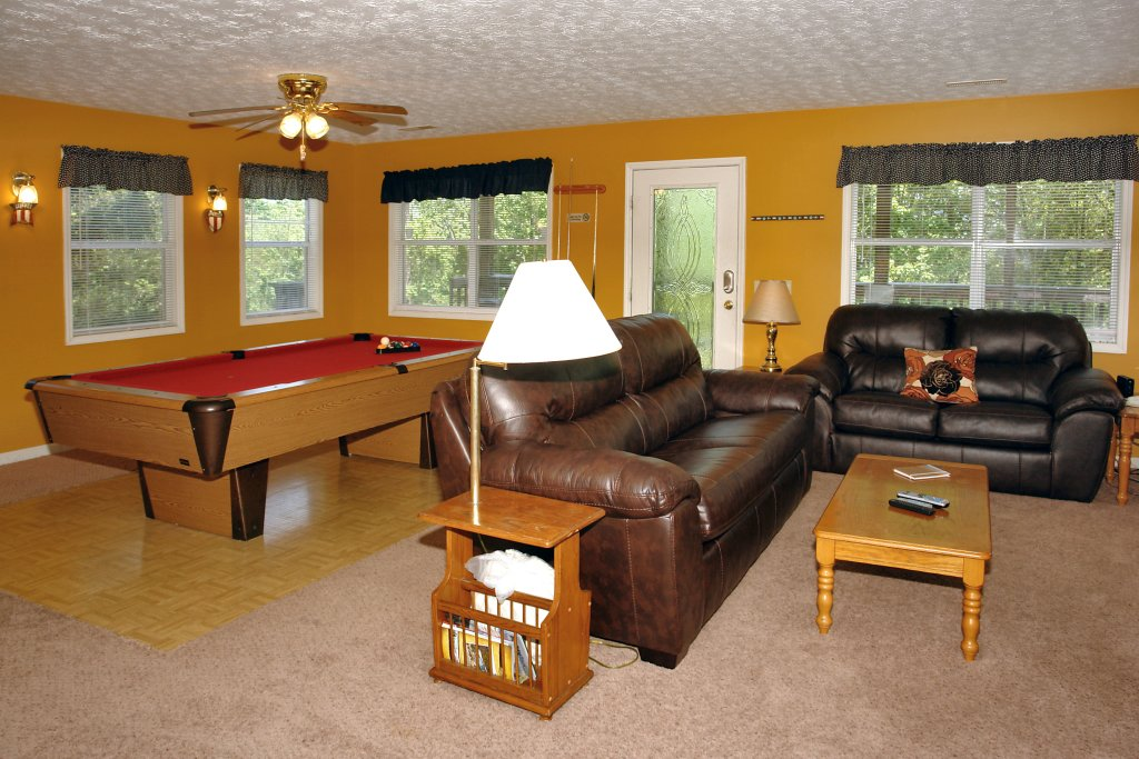 Photo of a Gatlinburg Cabin named Angel's Roost #1320 - This is the third photo in the set.