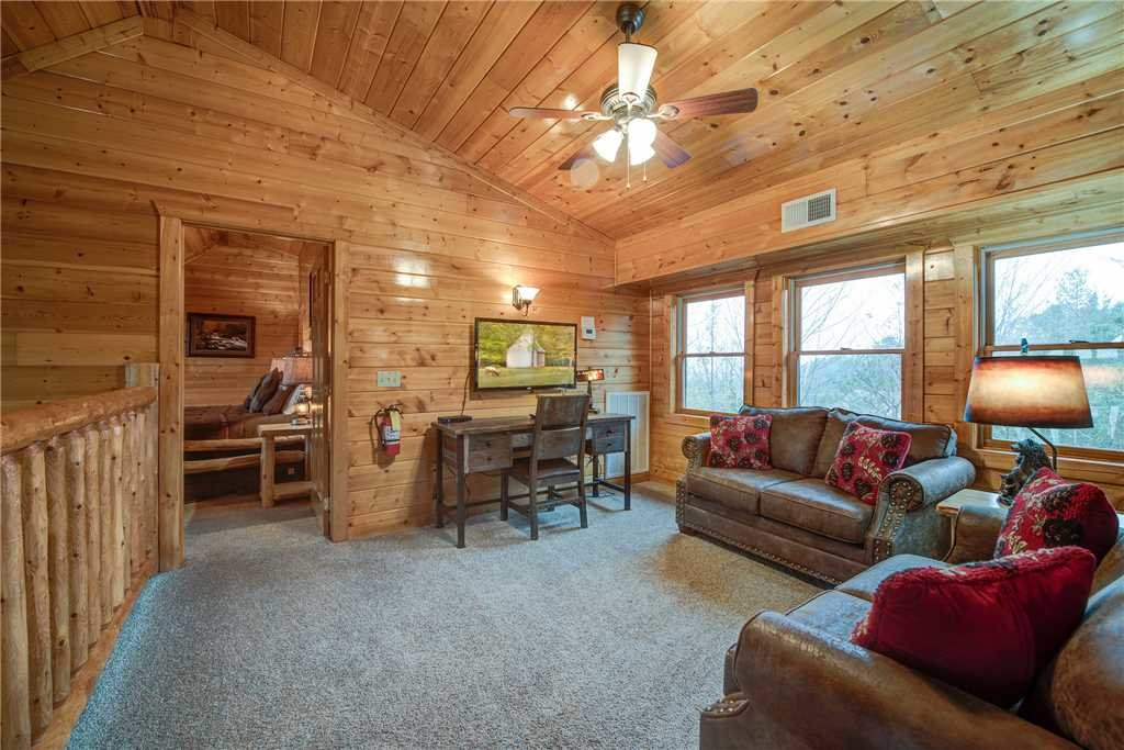 Photo of a Gatlinburg Cabin named Dreamscapes - This is the thirtieth photo in the set.