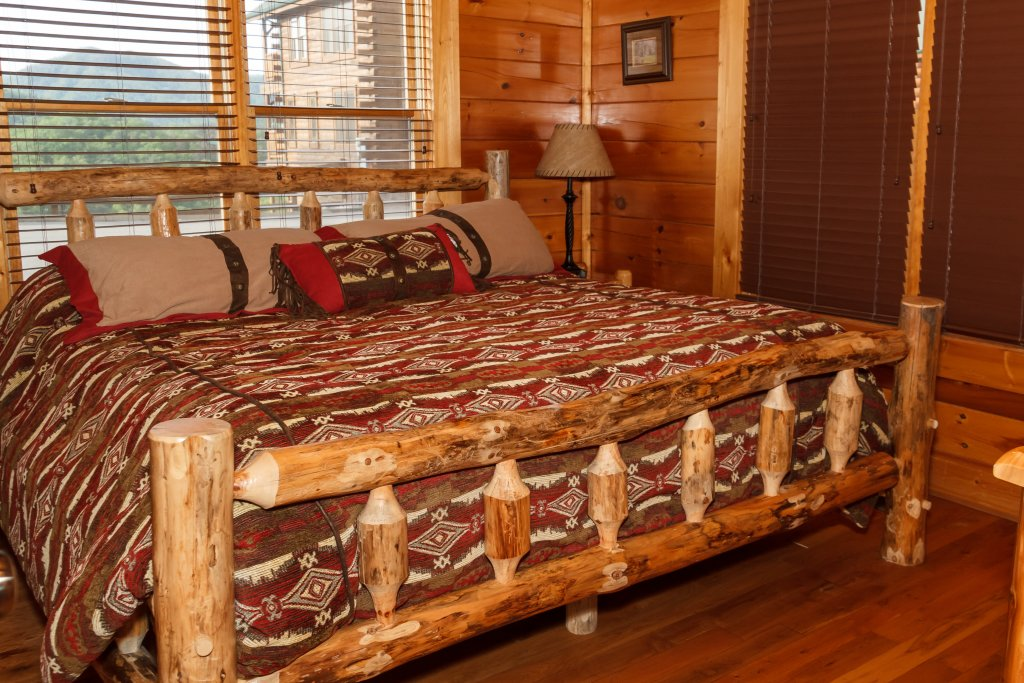 Photo of a Pigeon Forge Cabin named Dream On High - This is the seventeenth photo in the set.