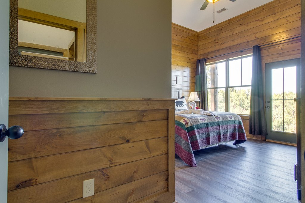 Photo of a Gatlinburg Cabin named Serenity Sanctuary - This is the twenty-second photo in the set.