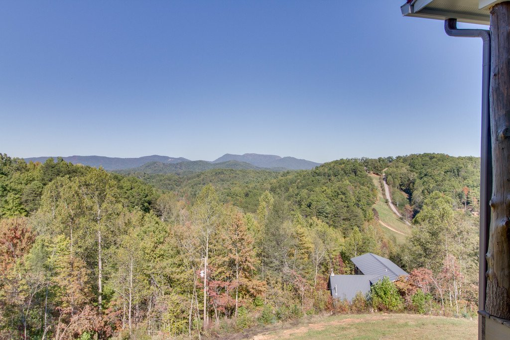 Photo of a Gatlinburg Cabin named Serenity Sanctuary - This is the forty-sixth photo in the set.