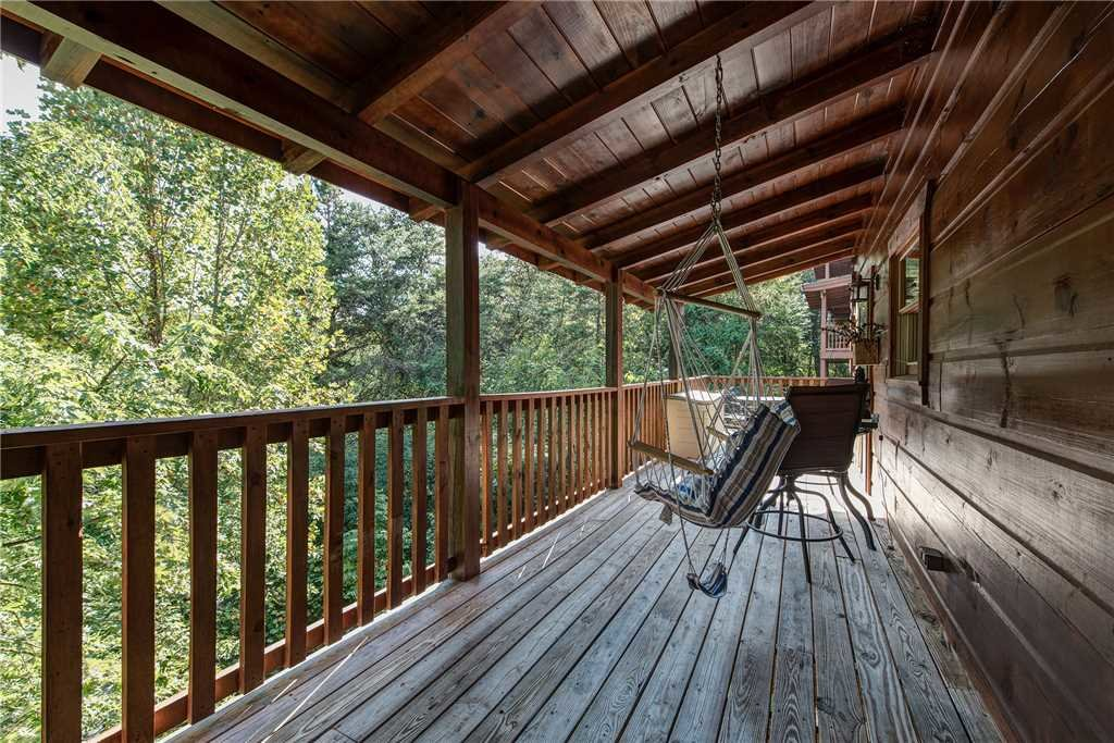 Photo of a Pigeon Forge Cabin named Soaring Arrow - This is the twenty-first photo in the set.