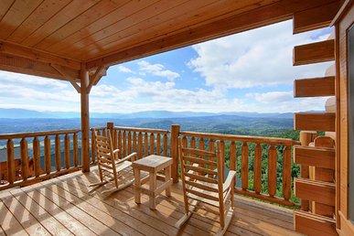 Luxury 1 Bedroom Honeymoon Cabin With Spectacular Views