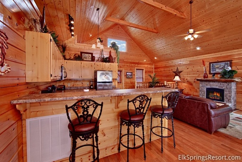 Photo of a Pigeon Forge Cabin named Mountain Dreams (#104) - This is the seventh photo in the set.