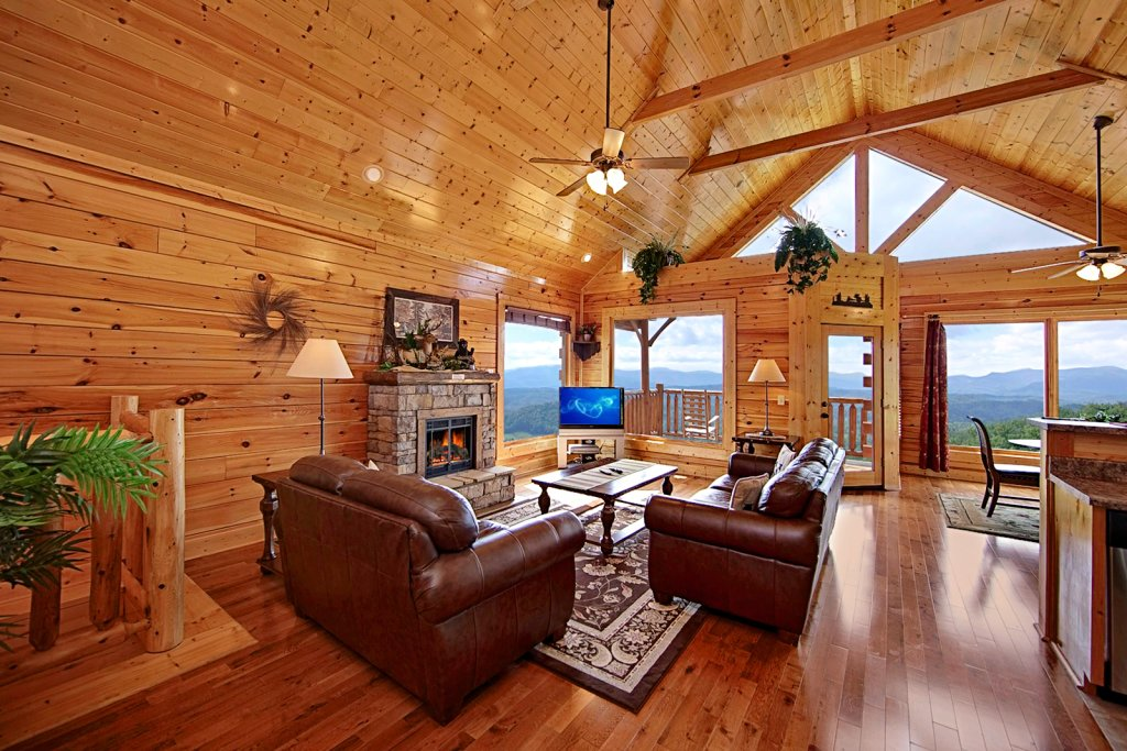 Photo of a Pigeon Forge Cabin named Shooting Star (#73) - This is the fifth photo in the set.