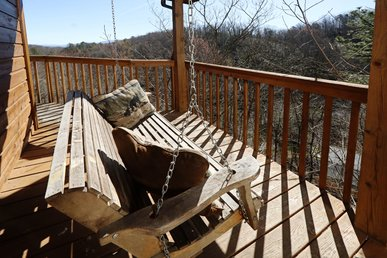 Secluded Two Bedroom Cabin Near Downtown Gatlinburg in a Wooded Setting