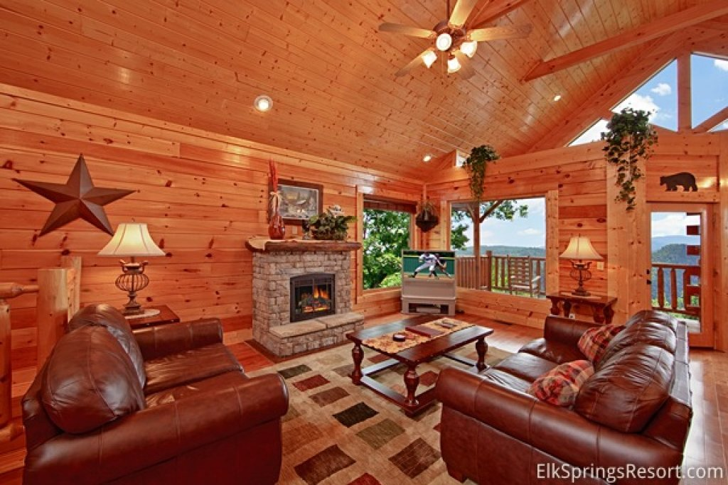 Photo of a Pigeon Forge Cabin named Mountain Dreams (#104) - This is the sixth photo in the set.