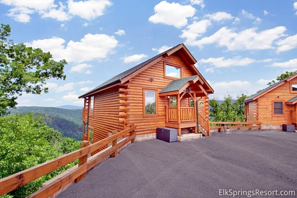Photo of a Pigeon Forge Cabin named Mountain Dreams (#104) - This is the eleventh photo in the set.