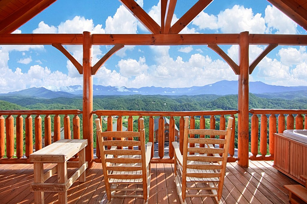 Photo of a Pigeon Forge Cabin named Heavenly Views (#97) - This is the second photo in the set.