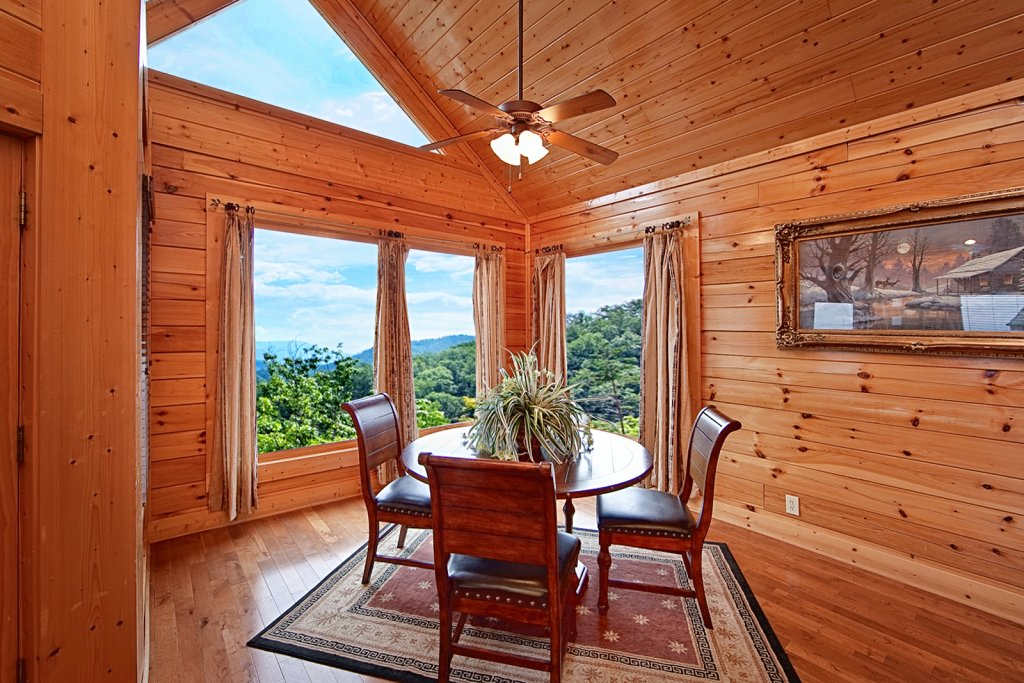 Photo of a Pigeon Forge Cabin named Summit Views (#74) - This is the seventh photo in the set.