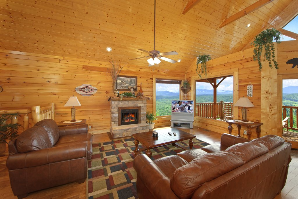 Photo of a Pigeon Forge Cabin named Ridgetop Retreat (#50) - This is the sixth photo in the set.