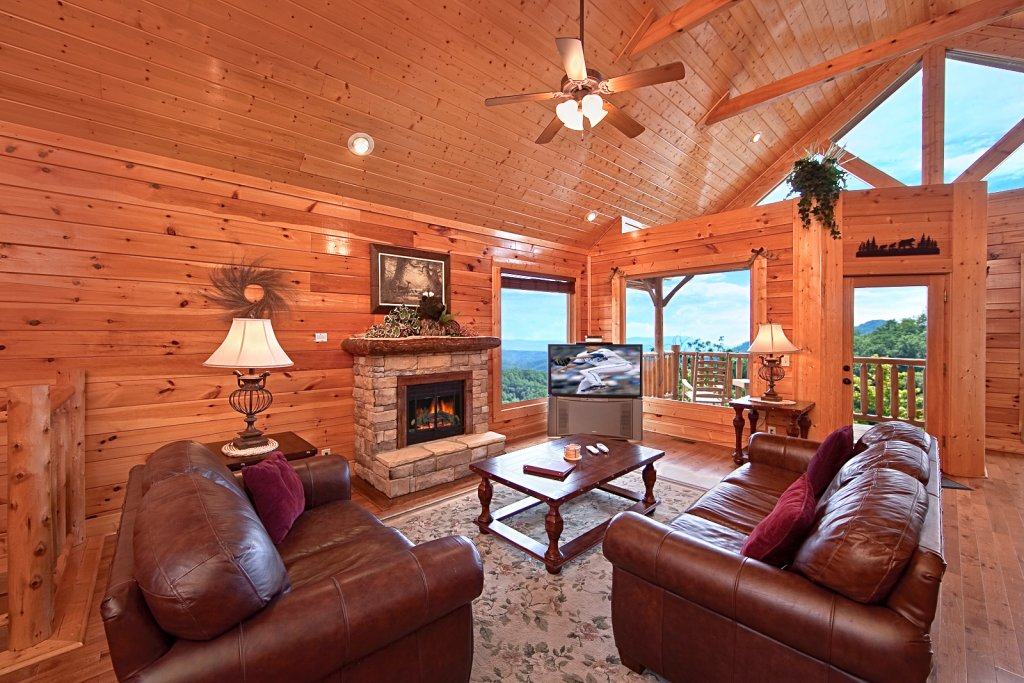 Photo of a Pigeon Forge Cabin named Summit Views (#74) - This is the fifth photo in the set.