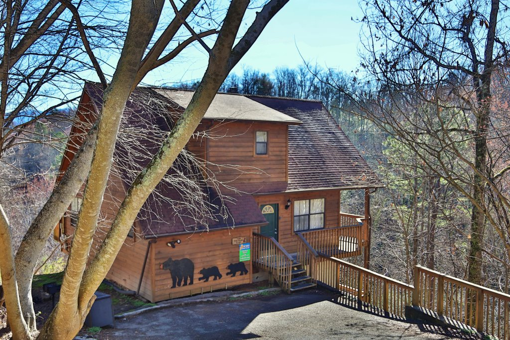 Photo of a Gatlinburg Cabin named Fox Run Escape #1140 - This is the third photo in the set.
