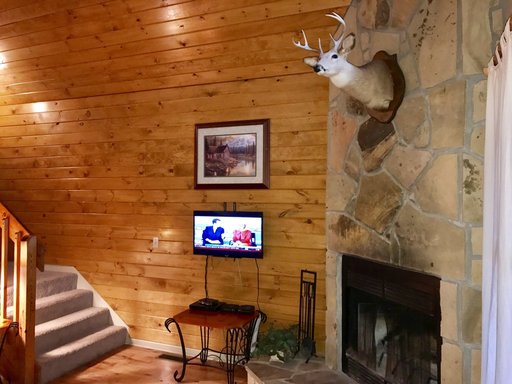 Photo of a Gatlinburg Cabin named Fox Run Escape #1140 - This is the twenty-eighth photo in the set.