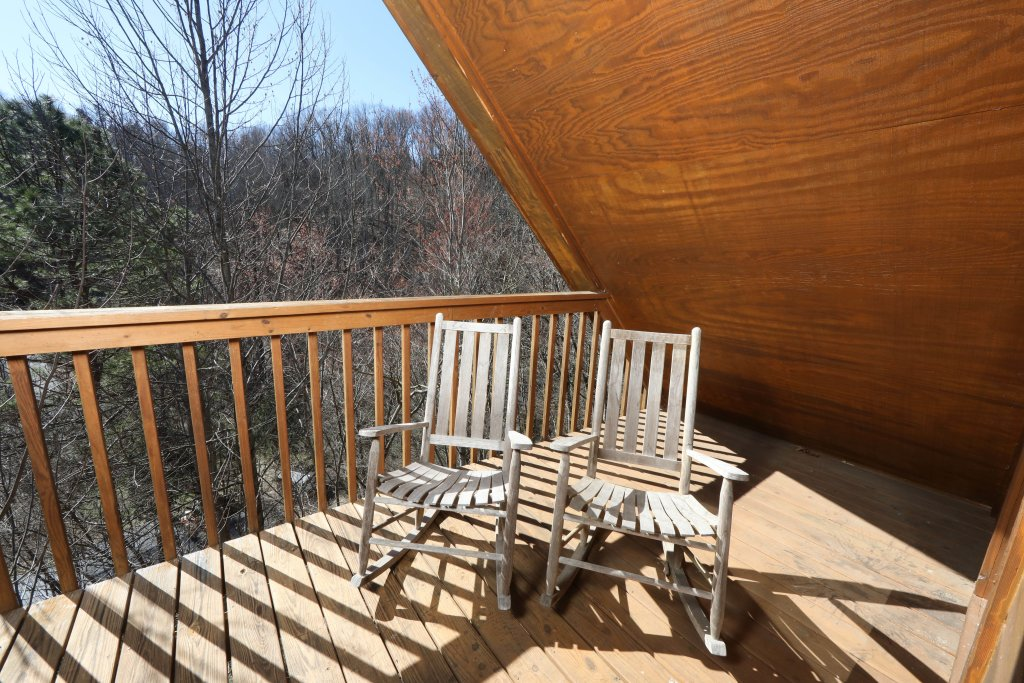 Photo of a Gatlinburg Cabin named Fox Run Escape #1140 - This is the twenty-third photo in the set.