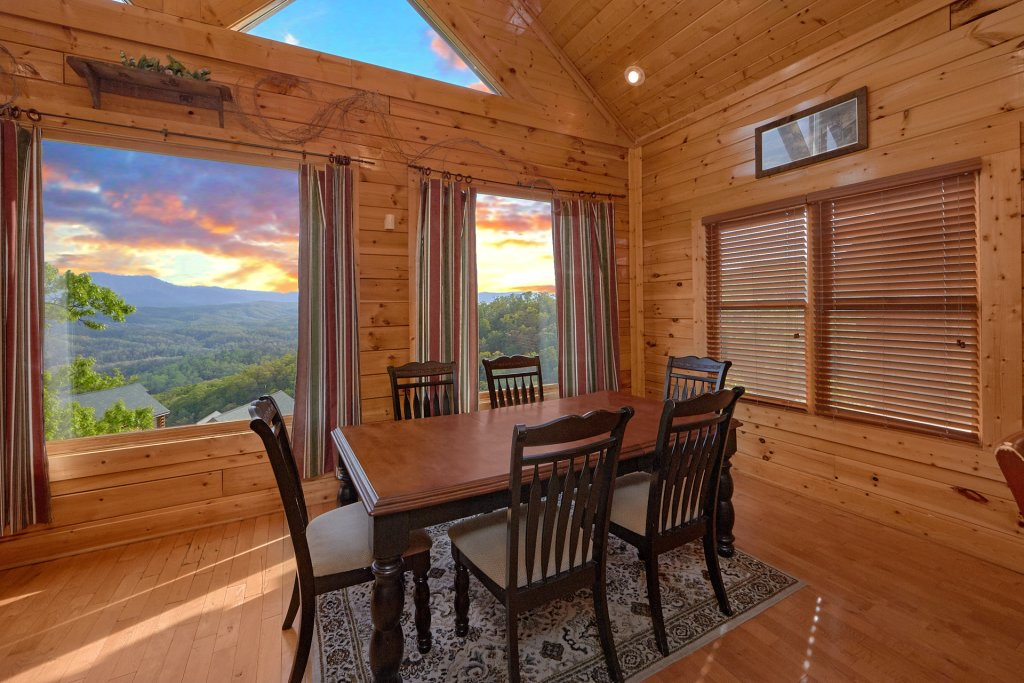 Photo of a Pigeon Forge Cabin named Legacy Vista - This is the tenth photo in the set.